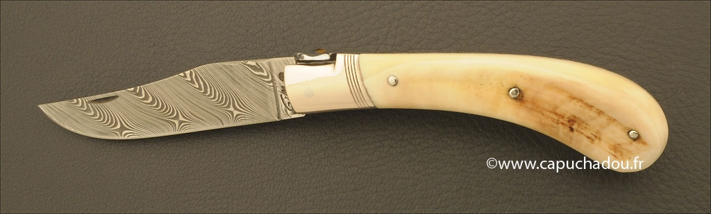 """Le Capuchadou-Guilloché"" 10 cm hand made knife, warthog & Damascus"