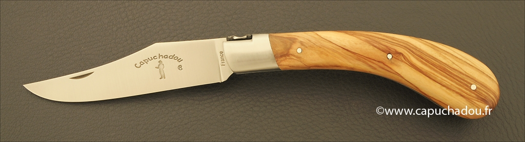 """Le Capuchadou"" 12 cm hand made knife, olivewood"