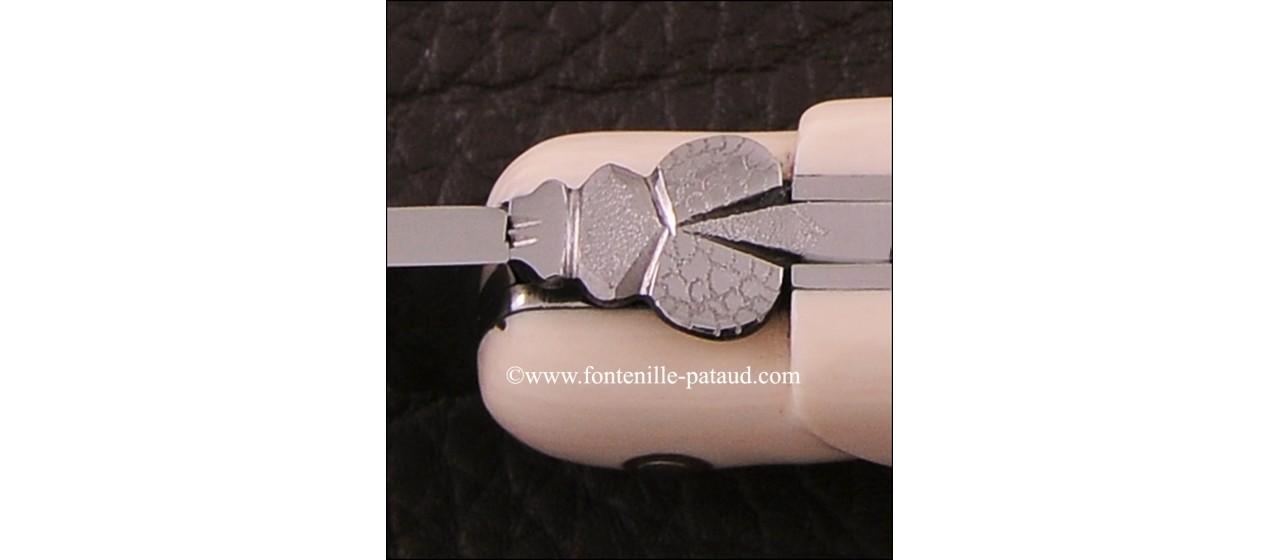 Amazing luxury ivory laguiole knife