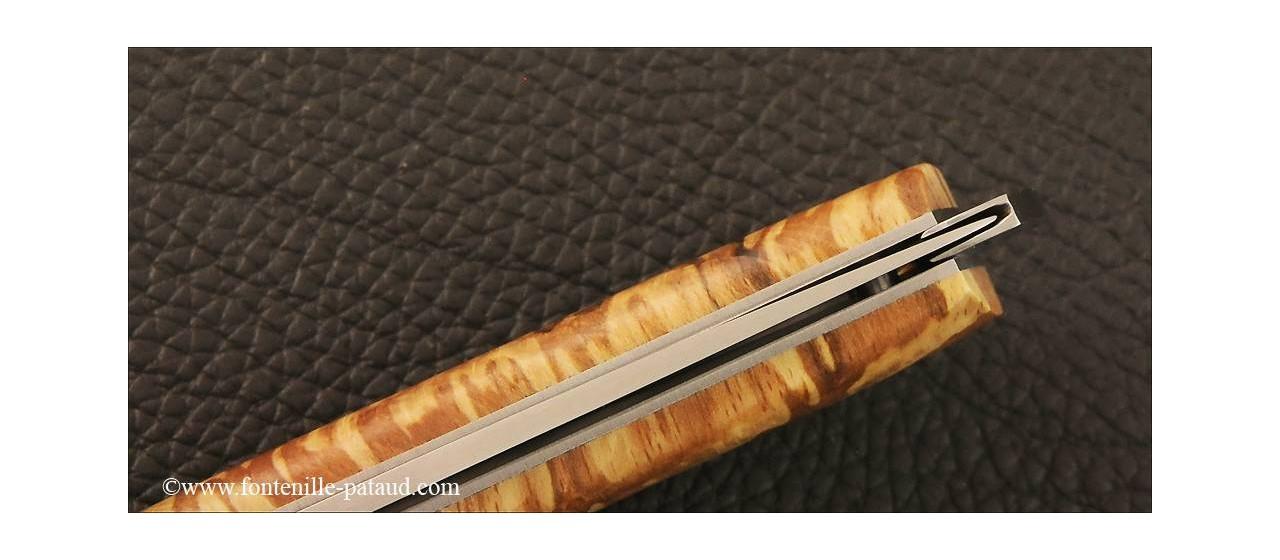 Couteau Le Thiers® Nature hêtre stabilisé debout