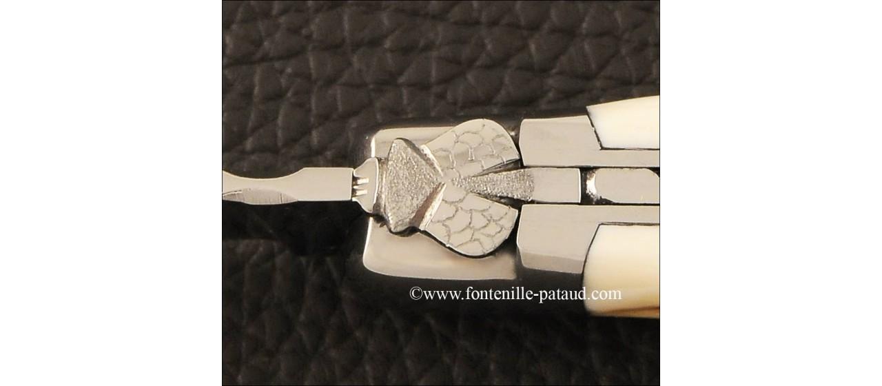Couteau laguiole le Pocket guilloché en ivoire de phacochère