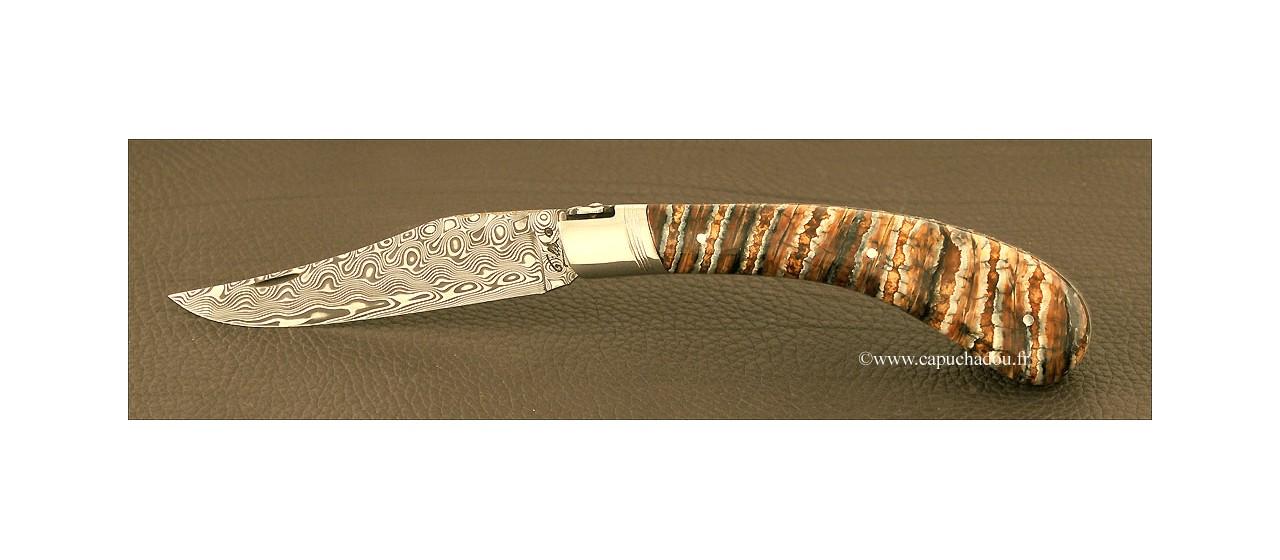 """Le Capuchadou 12 cm, ivoire de molaire de Mammouth, Damas """"Rose"""", maillechort. GUILLOCHAGE FIN"""