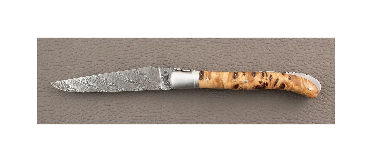 Couteau laguiole de fabrication artisanale, damas et manche en loupe de peuplier