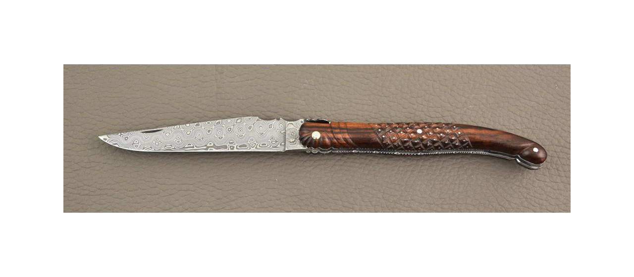 Laguiole delicate filewok damascus blade and ironwood handle
