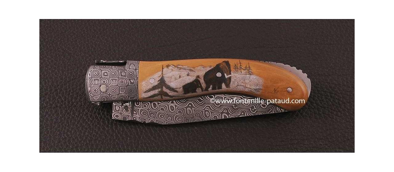 Couteau Laguiole Sport Damas Mammouth brun Guillochage fin Scrimshaw