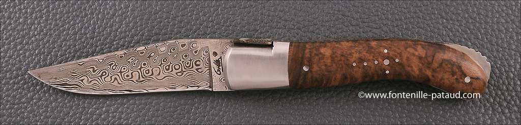 Laguiole Knife Sport Damascus Range walnut Delicate file work Gold
