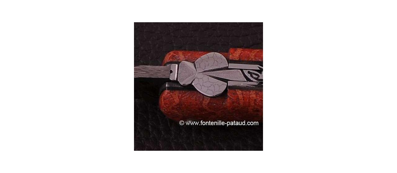Laguiole en corail et damas, fabrication française et artisanale