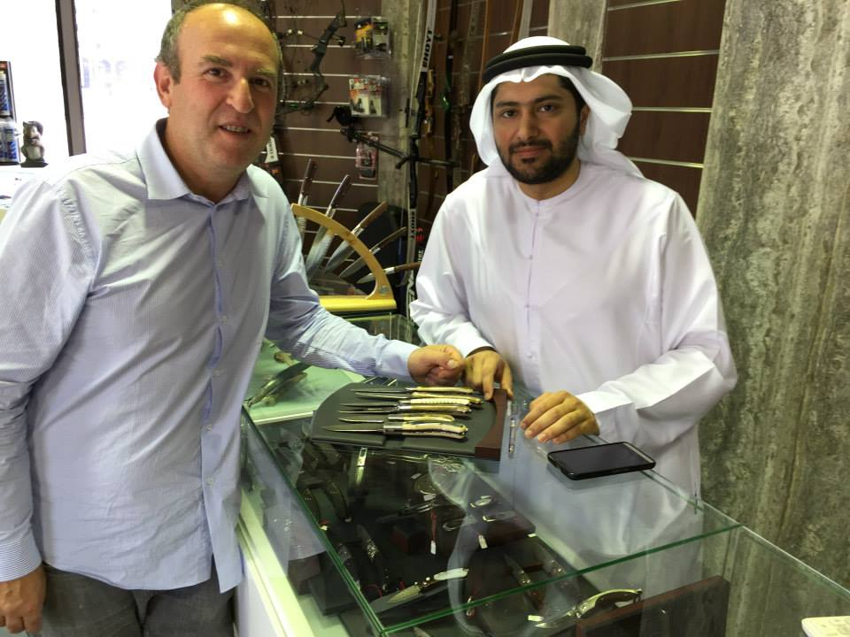 The Laguiole Knives Gilles traveling to China via UAE